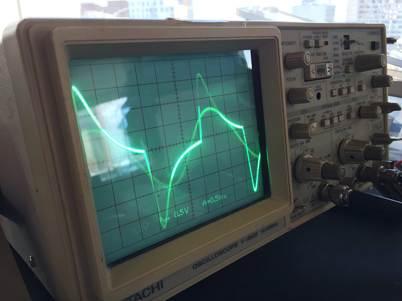 Oscilloscope and signal generator